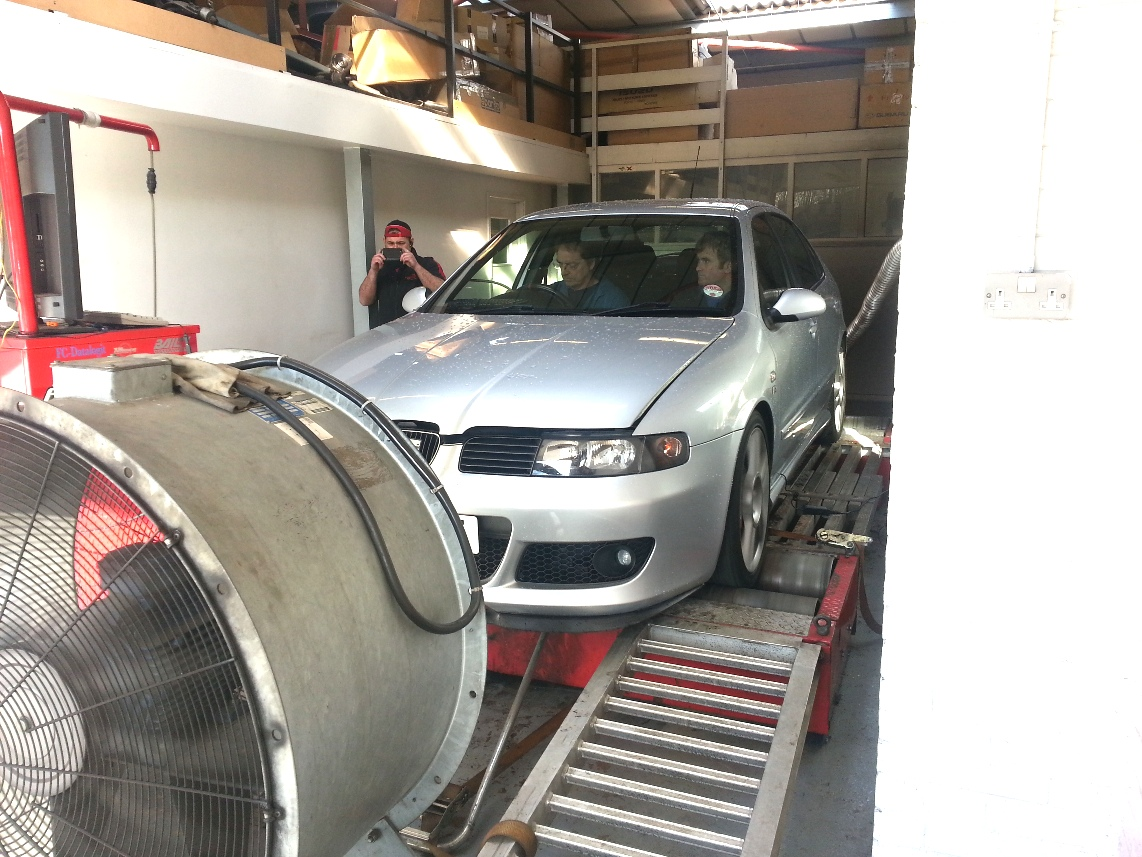 Video of a Seat Leon on Dyno Dynamics Rolling Road